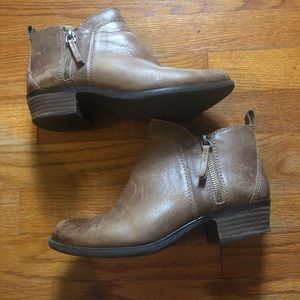 Used Vince Camuto leather ankle booties